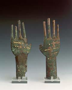 museo-etrusco-manos